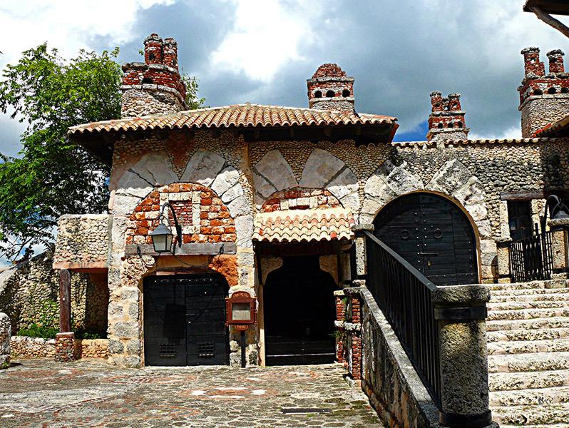 Altos de Chavon VIP Tour. <i>The Dominican Republic</i> - Everything Punta Cana