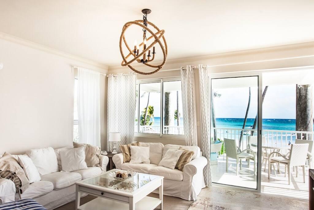 Living room, G202