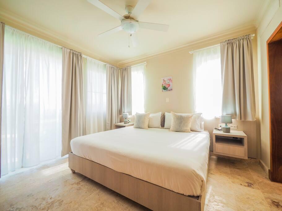 Bedroom Ocean View (every apartment has 2 bedrooms with ocean view)