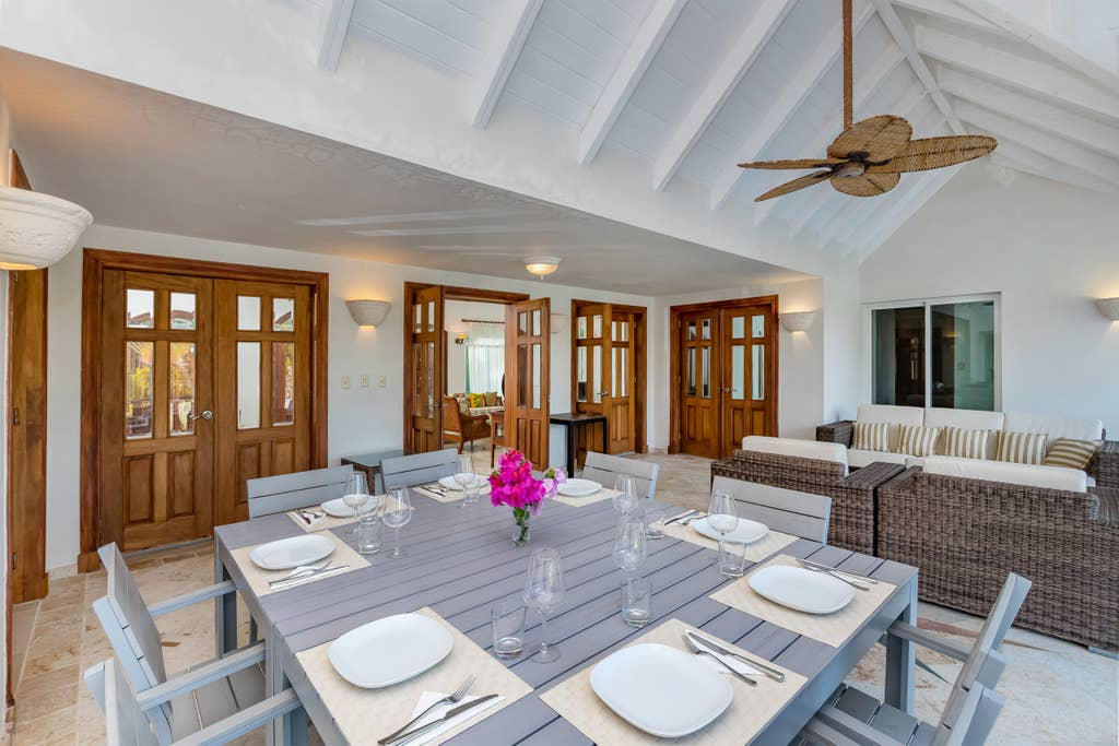 Luxury villa for rent in Punta Cana – pool, jacuzzi, maid, 500 ft. to beach - Everything Punta Cana