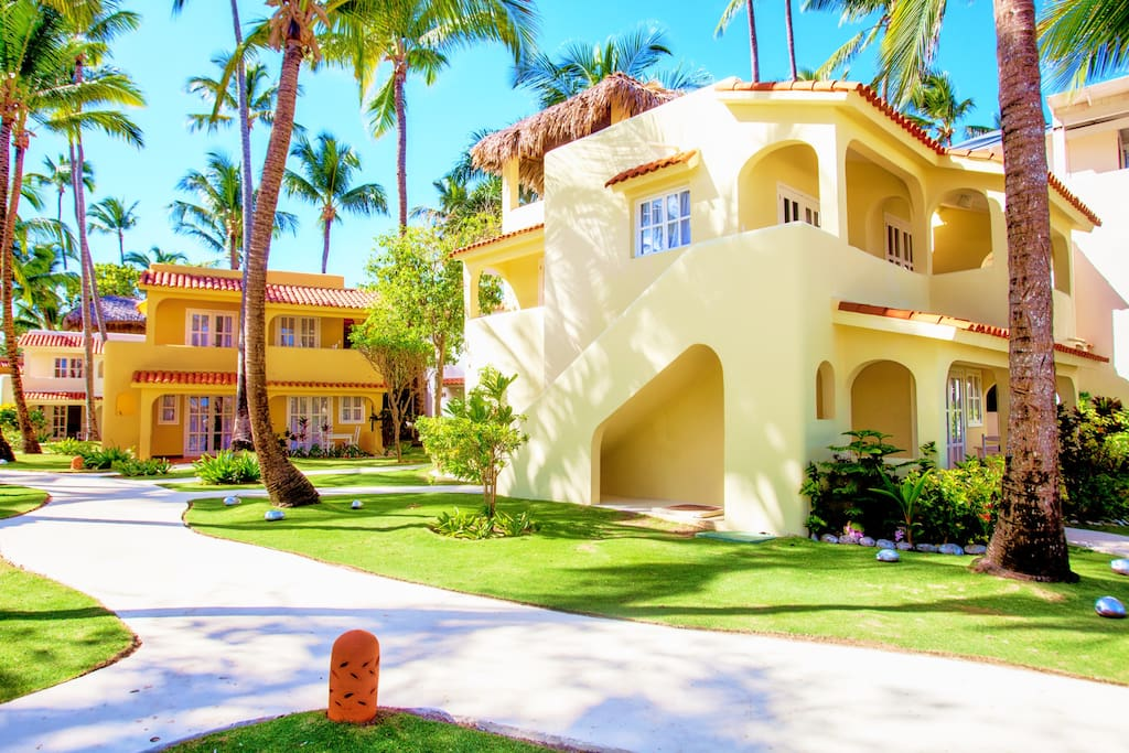 Fantastic Ocean View – Right on Los Corales Beach - Everything Punta Cana