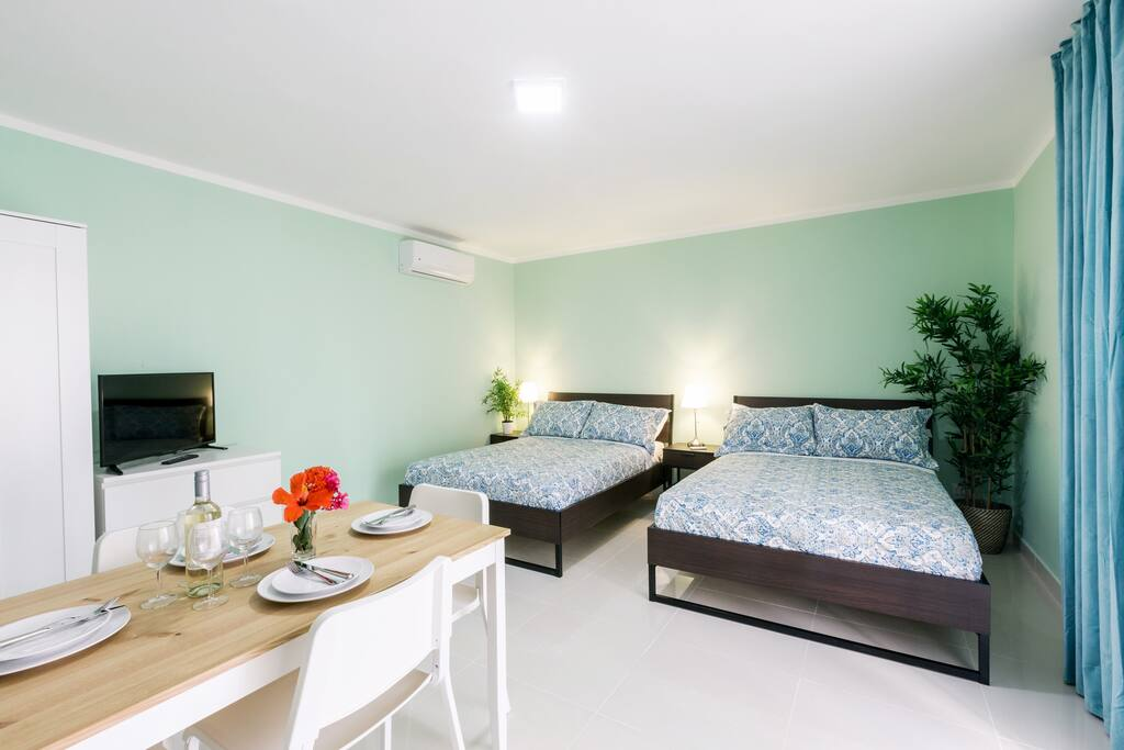 Deluxe Studio B2 with Beach access & WiFi - Everything Punta Cana