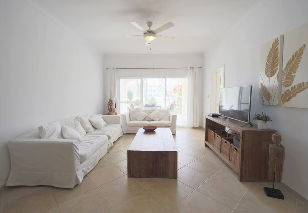 Spacious 2 Bedroom Apartment in Cocotal - Everything Punta Cana