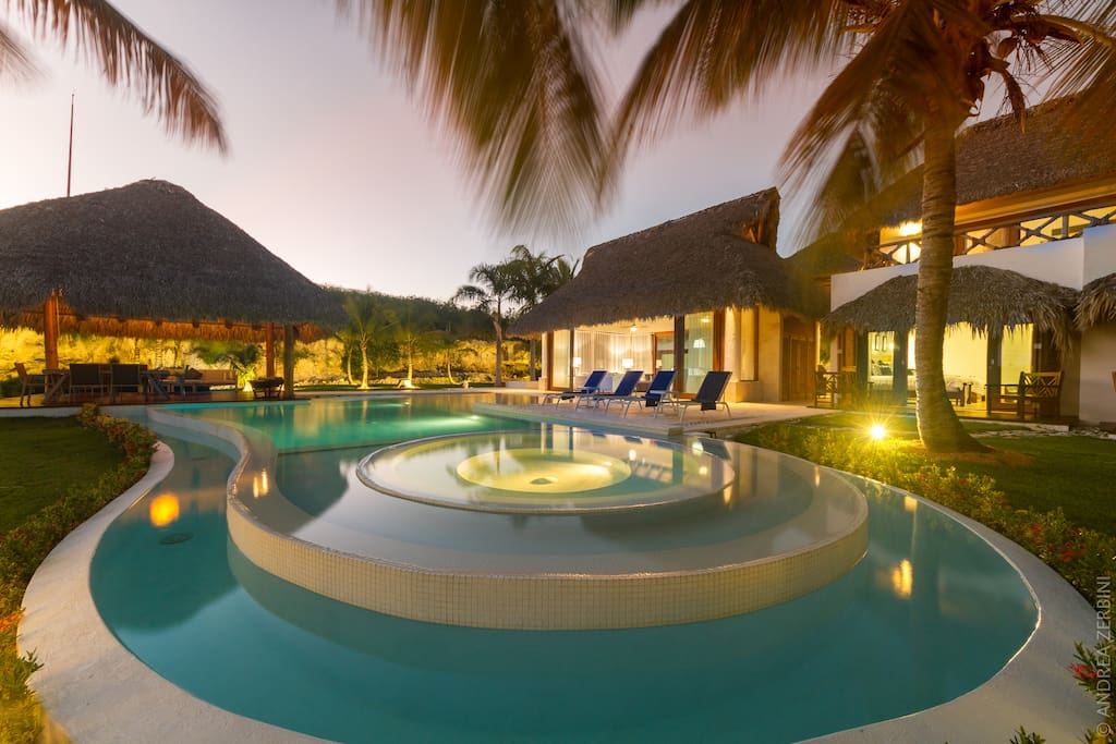 Incredible villa for rent in Punta Cana – private oasis, pool, jacuzzi, staff - Everything Punta Cana