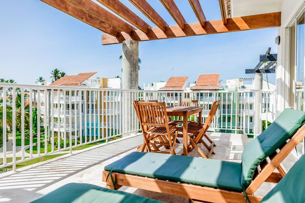 This terrace is an ideal place for breakfast or evening pastime with your family or friends.