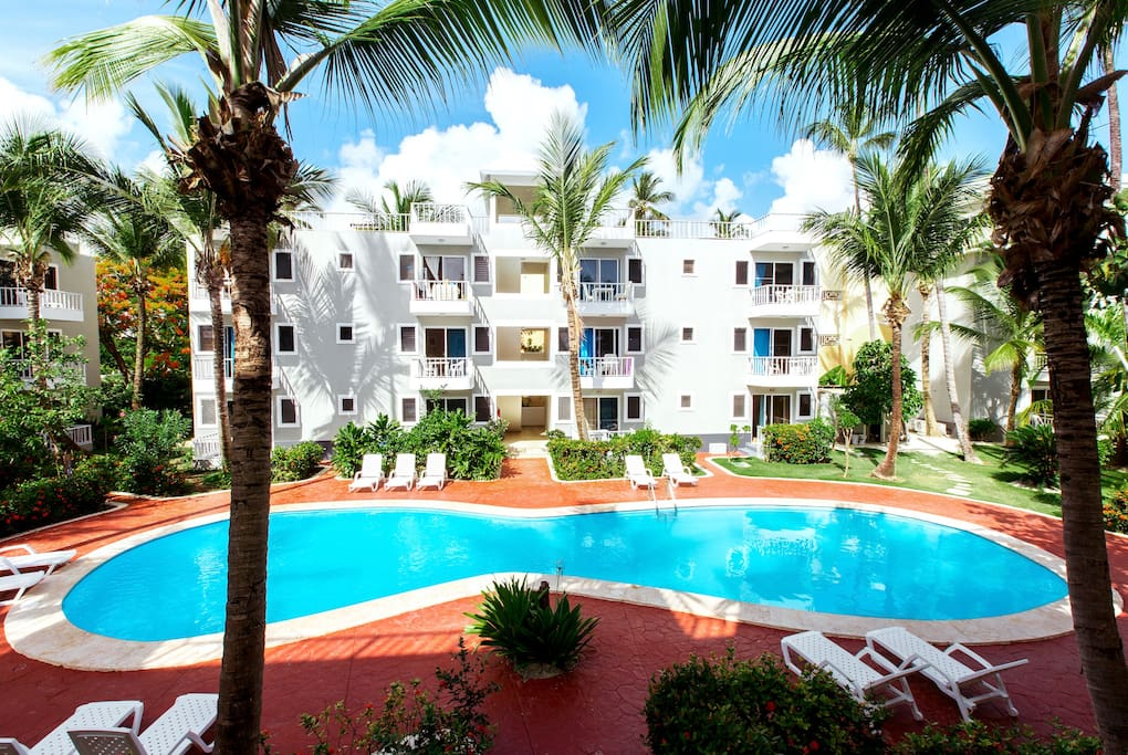 Deluxe Suite with WiFI Pool BeachClub for 4 people - Everything Punta Cana