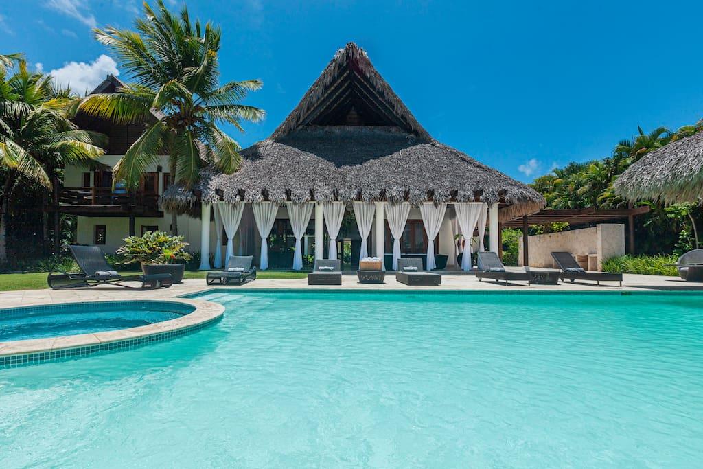 4 Bedroom Family Villa Palapa – in Arrecife, La Cana Beach Club - Everything Punta Cana