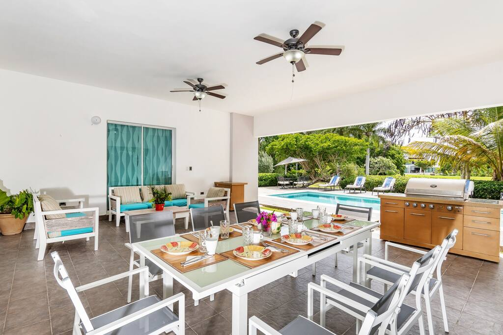 The chilling area next to your private pool is suitable for your parties in a big company or just relaxing after a day full of unforgettable impressions. Villas Punta Cana - Everything Punta Cana - Order Premium services with us, to make your stay m