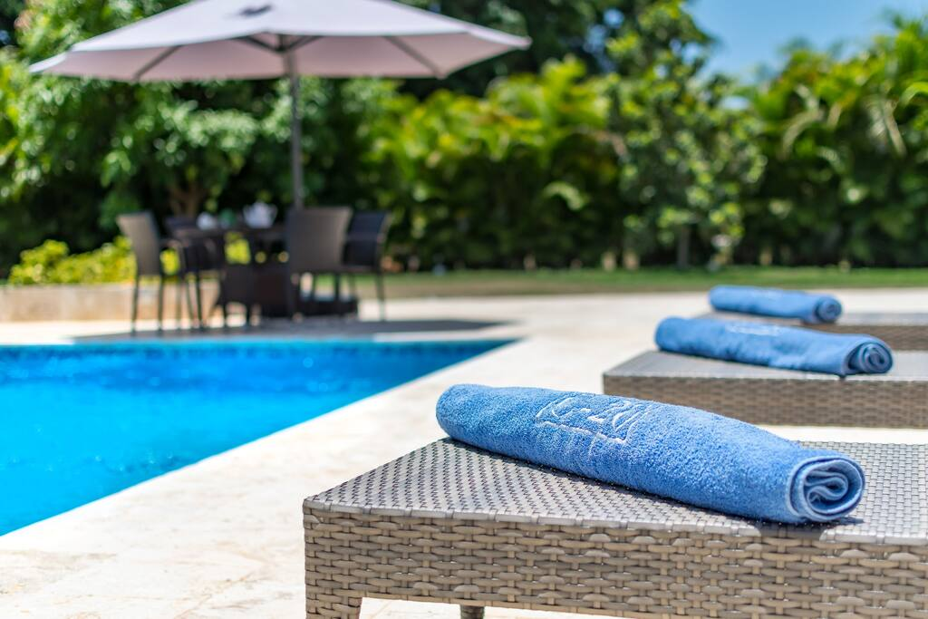 We provide sunbeds and towels to all our guests