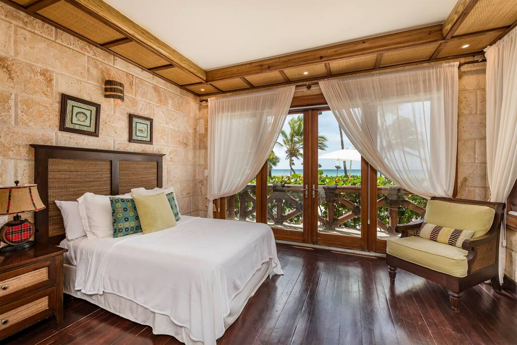 Leave all your doubts behind and have a good sleep at one of our coziest bedrooms with a sew view.