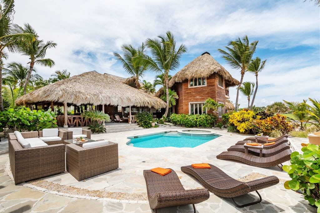 Large pool deck with sun beds!