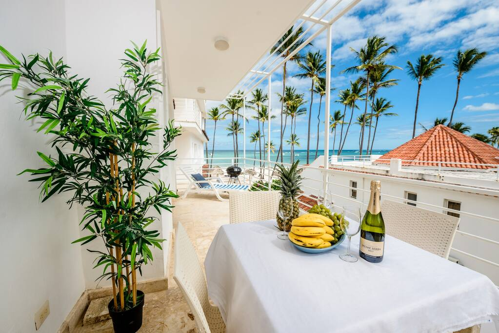 Enjoy a lovely dinner with a glass of champagne while watching the beautiful sunset from your balcony, or a cup of morning coffee during the sunrise