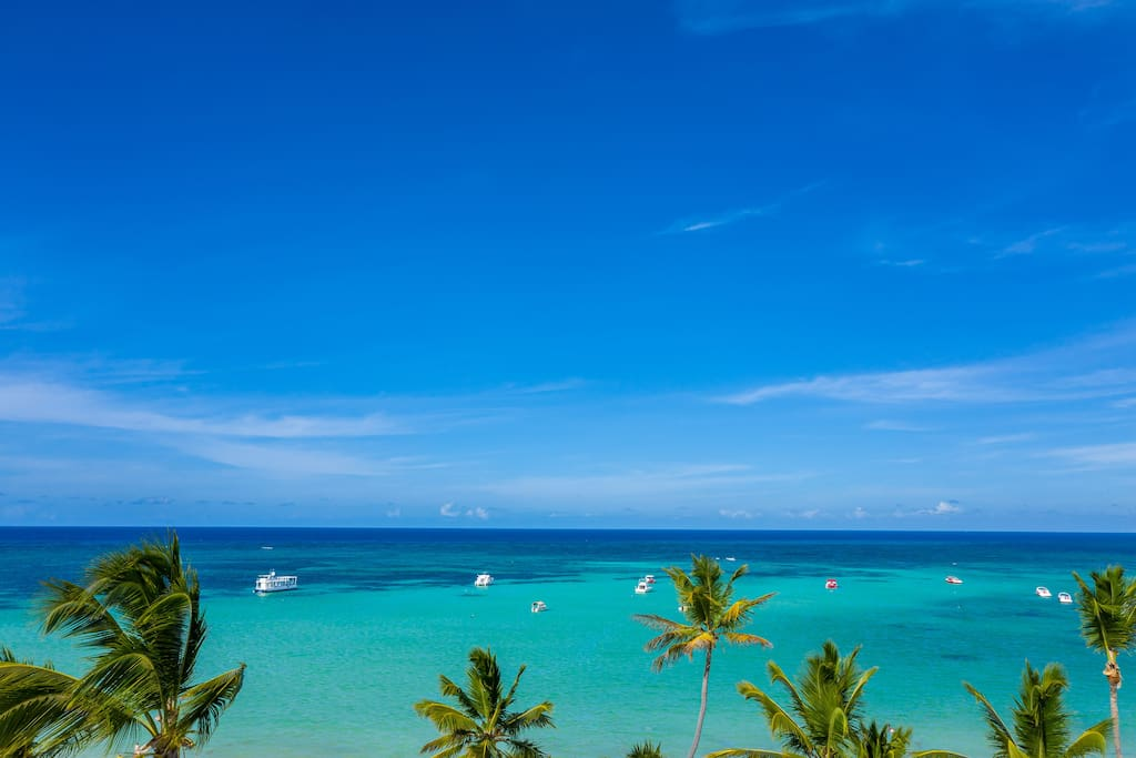6BR Beachfront Penthouse with Rooftop Terrace & Ocean View - Everything Punta Cana