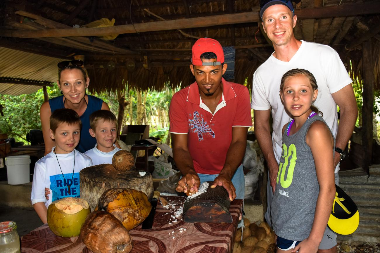 Local Experience: country life, coffee & cacao plantations. The Dominican Republic - Everything Punta Cana