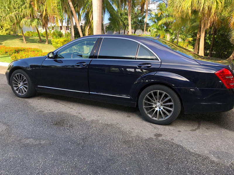Mercedes s350 / s600 <i>VIP Transfer in Punta Cana</i> - Everything Punta Cana