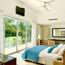 Luxury Villa Waterfall – golf class, meal plans & chef, private pool, BBQ - Everything Punta Cana
