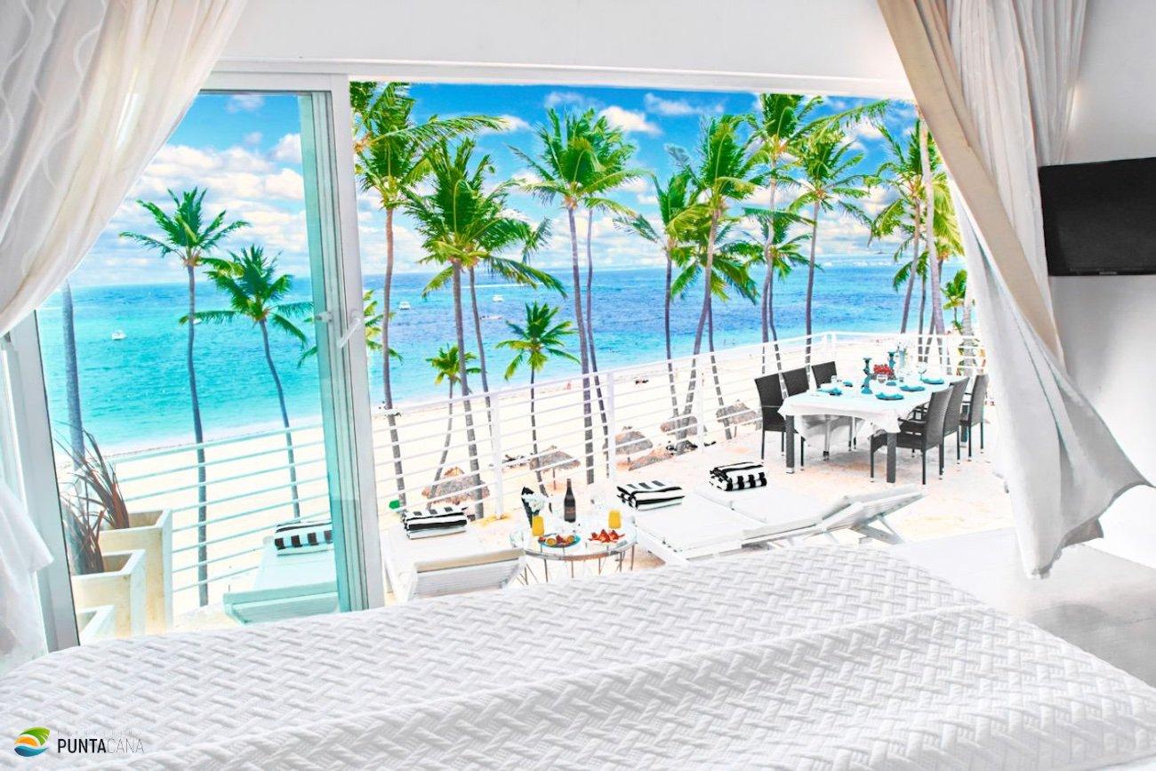 Apartments on Los Corales beach