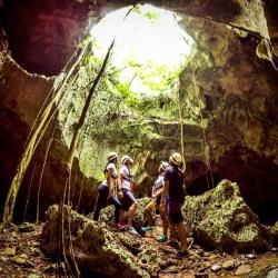 Iguabonita Cave