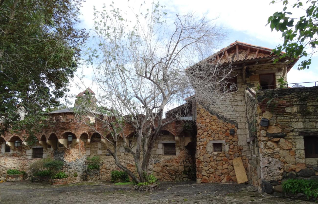 Saona island and Altos de Chavón