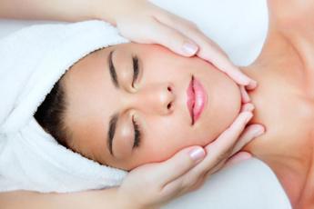 Vita Cura Facial Treatment
