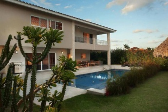 Villa in Cocotal Golf and Country Club Gated Community