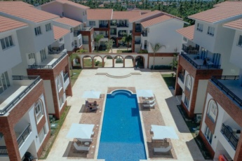 Deluxe B3-B, 1 BR, Coral Village, Close to the Beach