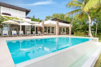 Luxury villa at Puntacana Resort & Club — With private pool, terrace, golf carts, butler, maid