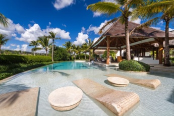 Luxury villa for rent in Punta Cana – ocean view, loft, pool