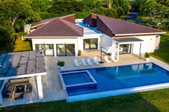 Modern Villa for rent in Punta Cana – Cook, Maid & Golf Cart