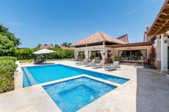 Villa Las Cañas 20 at Casa de Campo — with pool, jacuzzi, games, hibachi, staff