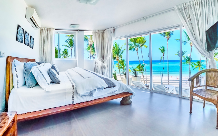 Beachfront condo in Punta Cana, the DR