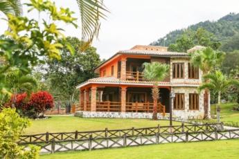 Luxury villa with pool in Jarabacoa
