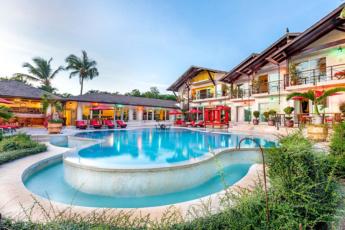 Casa de Campo Villa for sale – 2 levels, Jacuzzi, BBQ, 3,720 SM (40,041 SF)