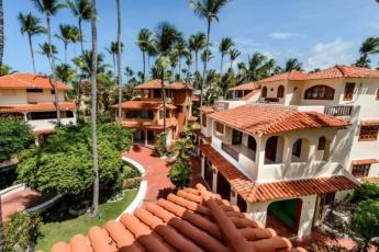 1-Bedroom Bavaro Apartments – Cozy Studio Near Los Corales Beach (2 min)