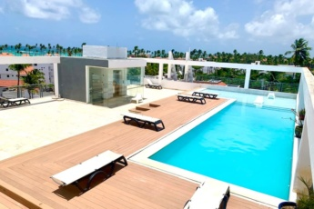 1 BR Apartment for Rent in Bavaro, Los Corales Beach – With Balcony, Pool and Ocean View